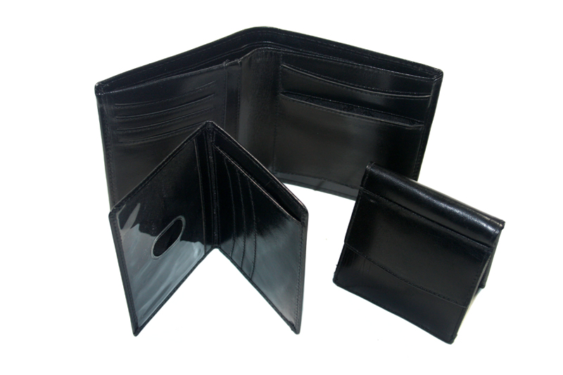 426470e3e8bd1 Skórzany czarny portfel męski 3w1